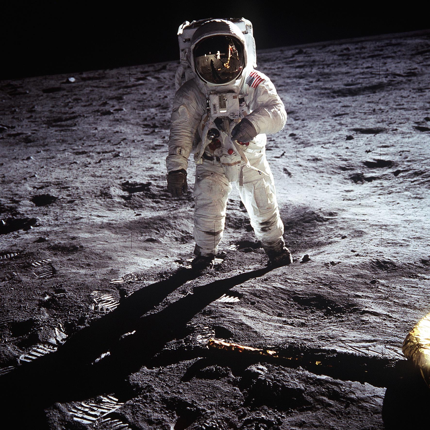 Apollo 11 : Premier pas sur la Lune